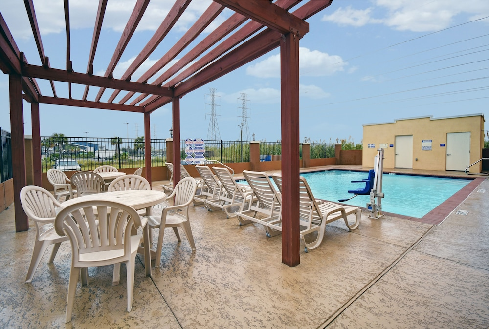 Americas Best Value Inn Galveston in Galveston | Hotel Rates
