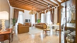 San Teodoro Palace Luxury Apartments - Venice Hotels