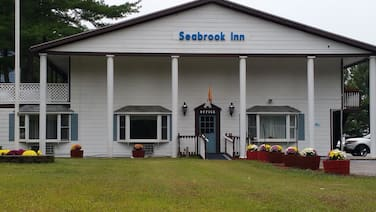 Seabrook Inn