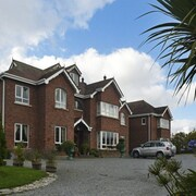 Moyglare Lodge Country House B&B