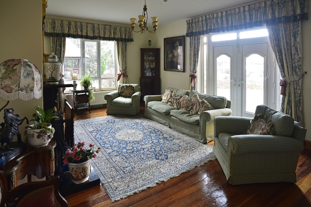 Executive Lounge, Moyglare Lodge Country House B&B