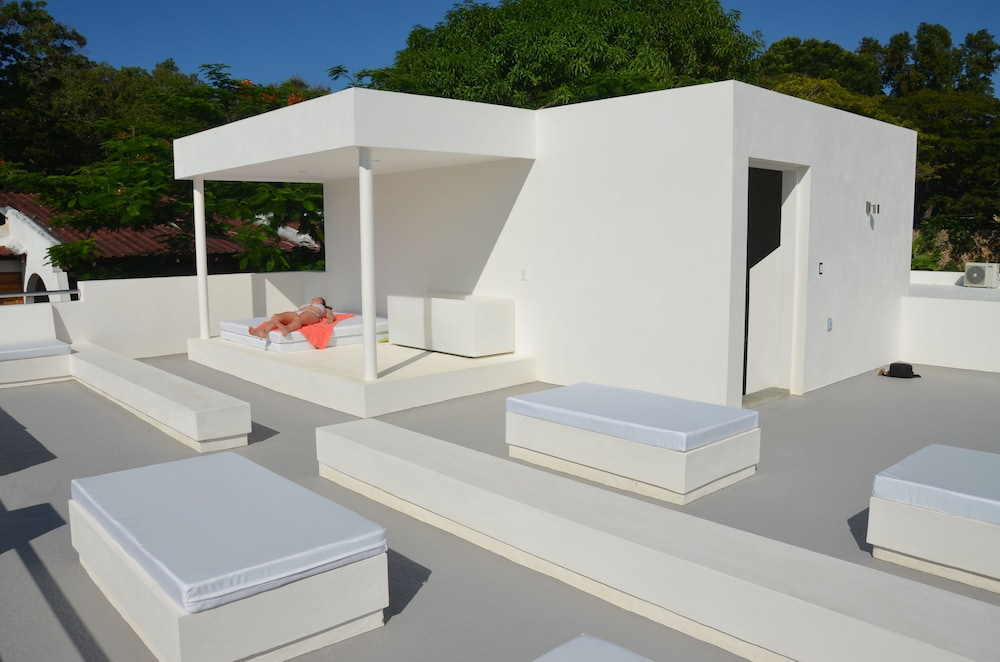 Sundeck, CASA-22 Luxury Boutique Hotel