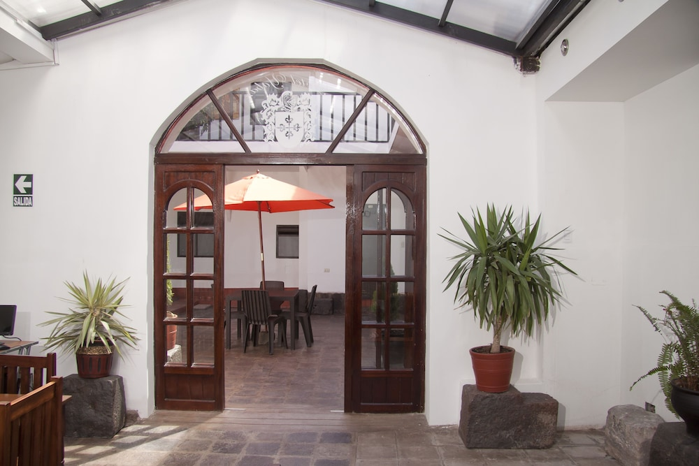 Interior Entrance, Yabar Hotel Plaza
