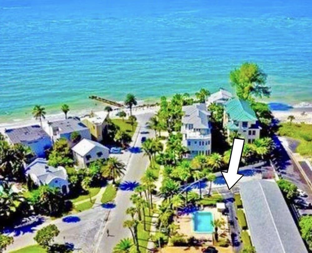 Gulf Holiday by Beachside Management in Sarasota | Hotel Rates ...