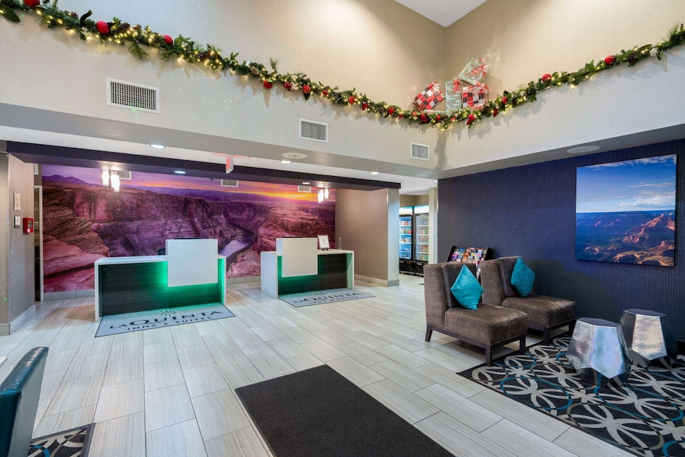 Lobby, La Quinta Inn & Suites by Wyndham Williams-Grand Canyon Area