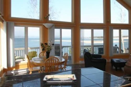 Baie Ste. Marie Oceanfront Cottages