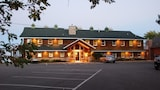 Quarterdeck Resort & Restaurant - Nisswa Hotels
