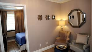 1 bedroom, premium bedding, pillowtop beds, individually decorated