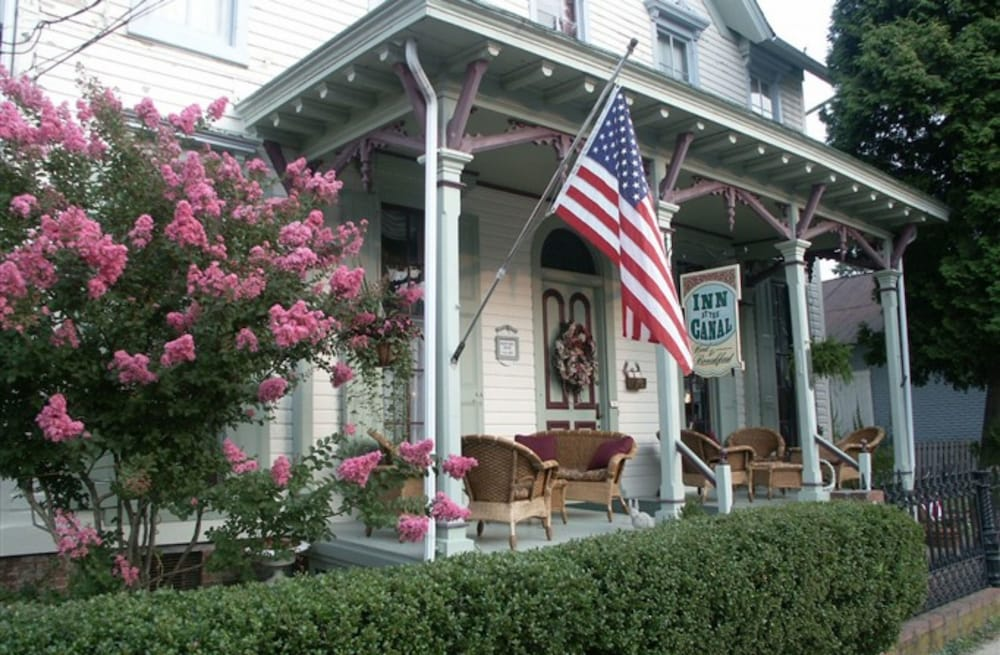 Featured Image, Inn At The Canal Bed & Breakfast