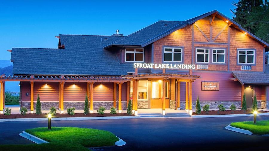 Sproat Lake Landing Resort