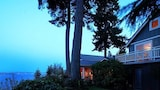 Skiff Point Guest House - Bainbridge Island Hotels