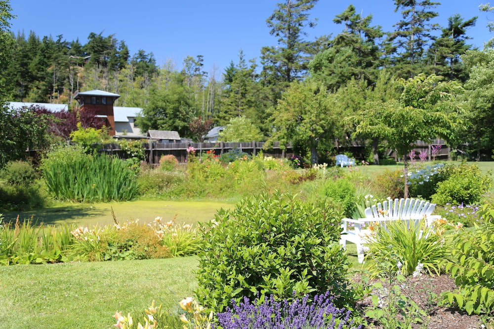 Garden, Outlook Inn on Orcas Island