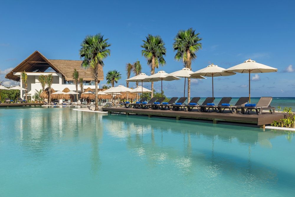 Outdoor Pool, Ocean Riviera Paradise El Beso - All Inclusive - Adults Only