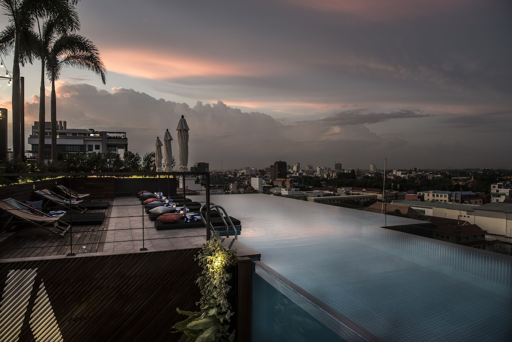 Indoor/Outdoor Pool, Aquarius Hotel & Urban Resort Phnom Penh