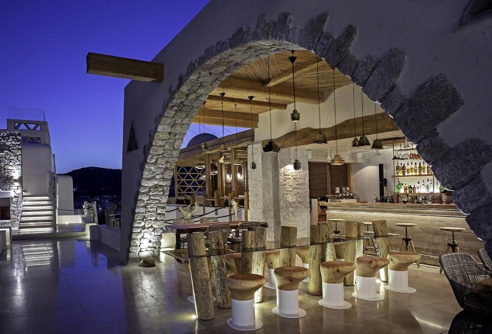 Kensho boutique hotel suites deals reviews mykonos for Design boutique hotels athens