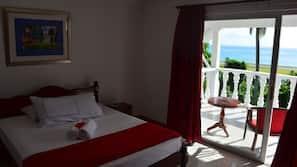 2 Schlafzimmer, hochwertige Bettwaren, Zimmersafe, Bügeleisen/Bügelbrett