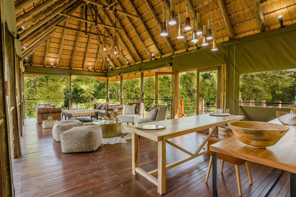 Lobby Lounge, Humala River Lodge