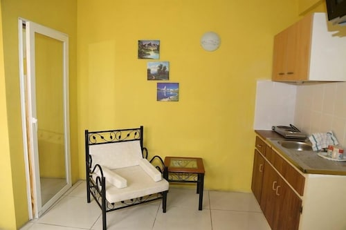 Sint Maarten International Guesthouse