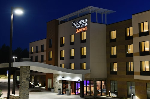 Great Place to stay Fairfield Inn & Suites by Marriott Omaha West near Omaha