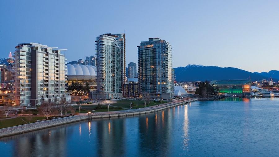 WorldMark Vancouver - The Canadian