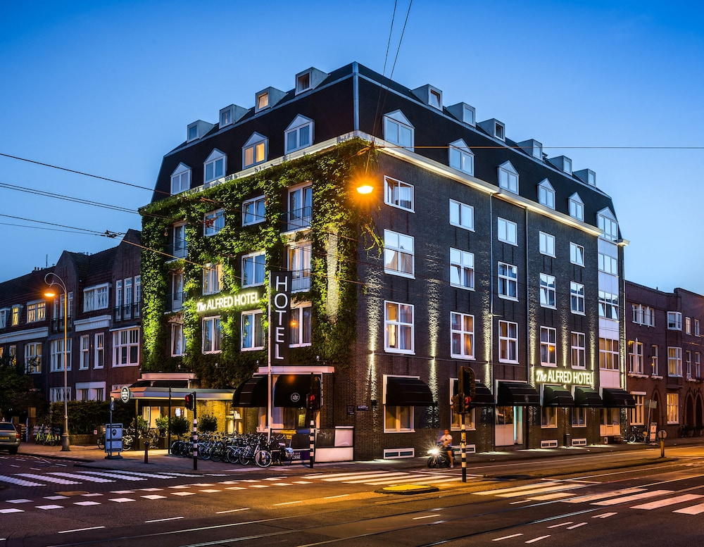 Book the alfred hotel amsterdam hotel deals for Amsterdam hotel