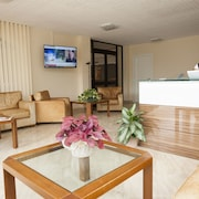 Suites Marilia Apartments