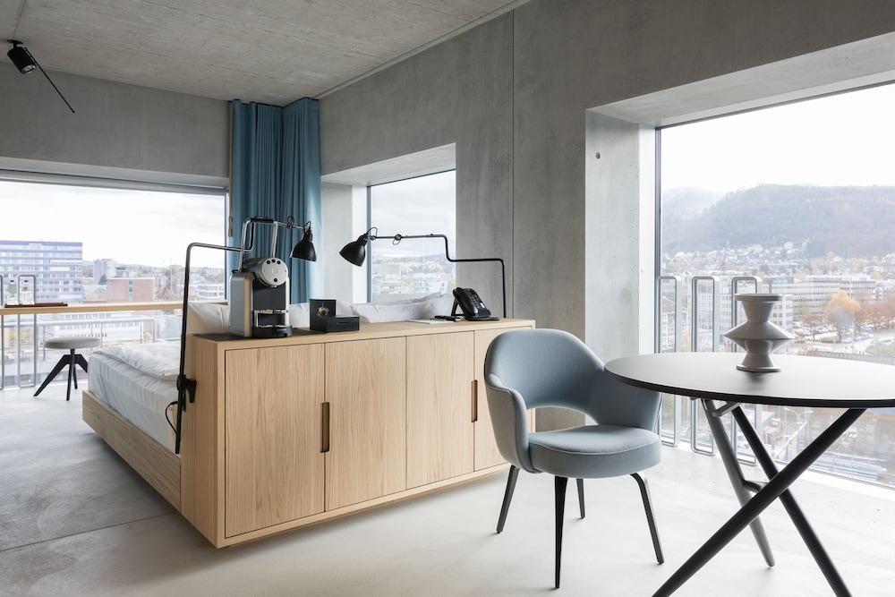 Placid hotel design lifestyle zurich in canton of zurich for Room design zurich