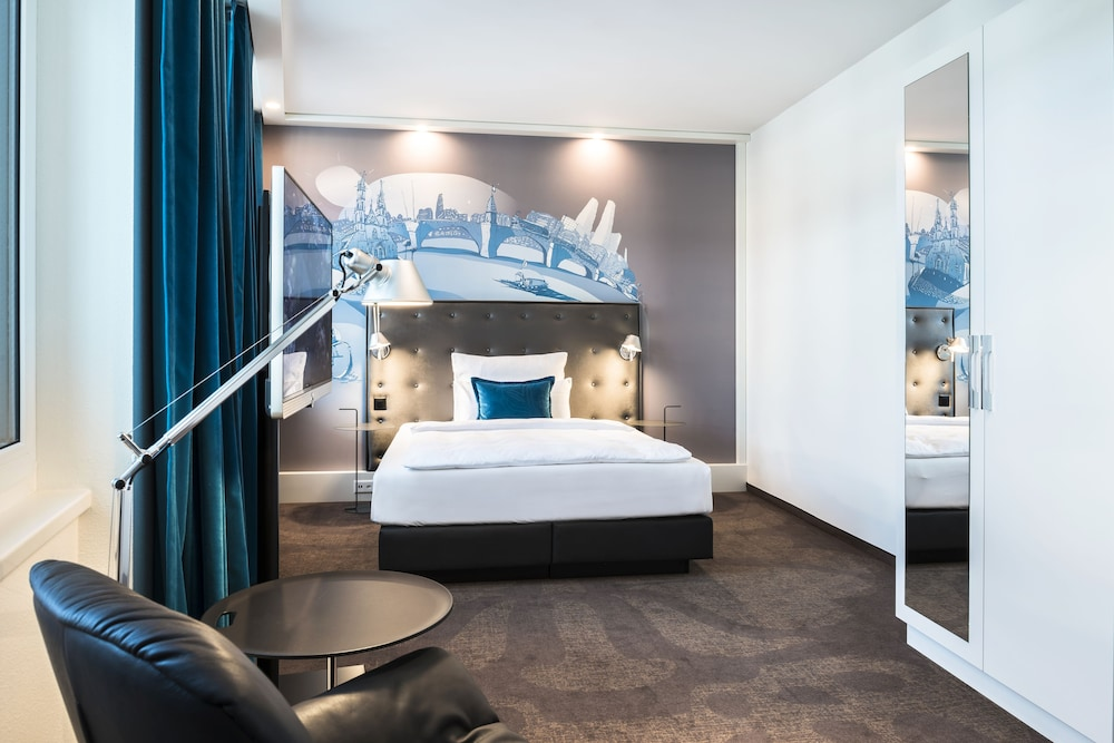 Motel one basel basel che for Motel one lampen