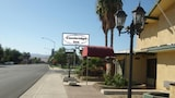Cambridge Inn Motor Lodge - Coalinga Hotels