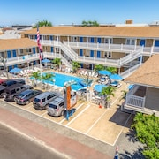 The Sea Garden Motel And Apartments: 2018 Pictures, Reviews, Prices ...