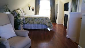 1 bedroom, in-room safe, individually decorated, individually furnished