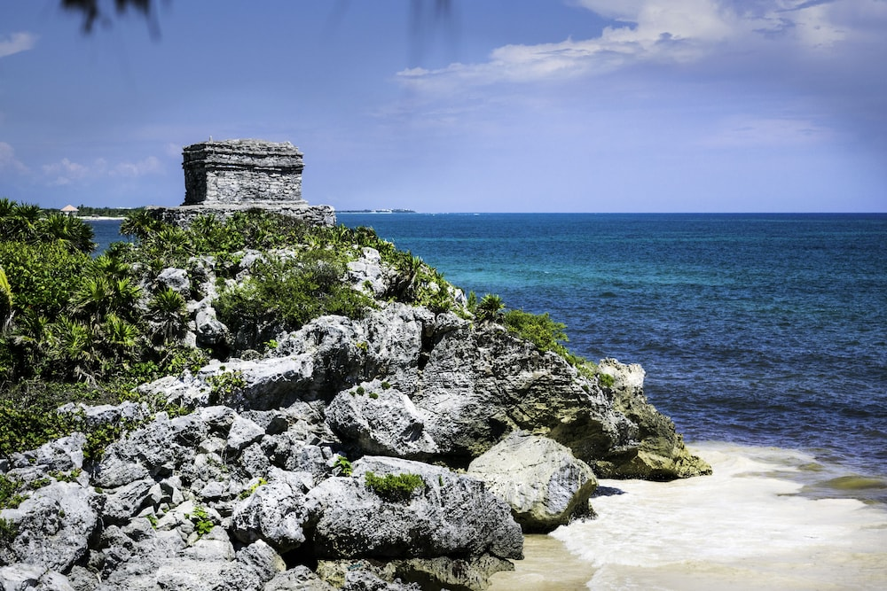 Point of Interest, ARENABLUE TULUM