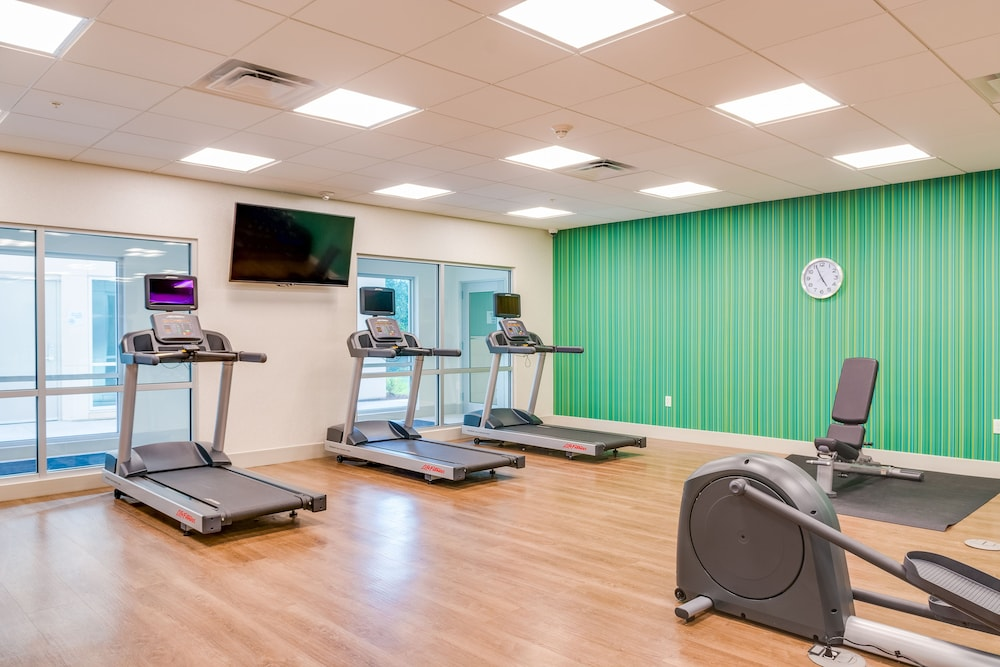 Fitness Facility, Holiday Inn Express & Suites Russellville