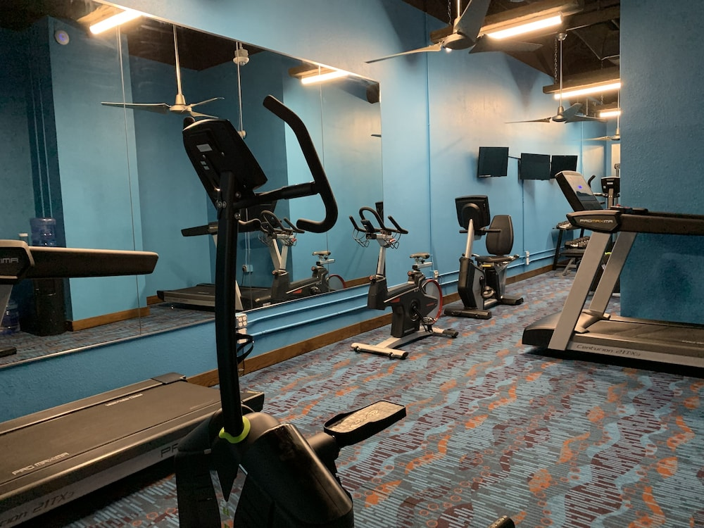 Fitness Facility, Waves Resort