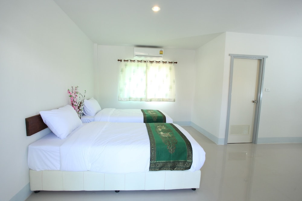 Room, RINLADA HOUSE
