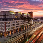 Global Luxury Suites at Wilshire