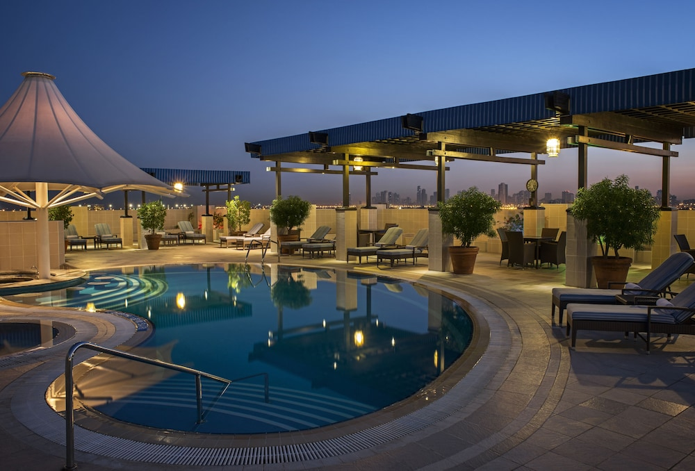 Grand Excelsior Hotel Dubai Reviews