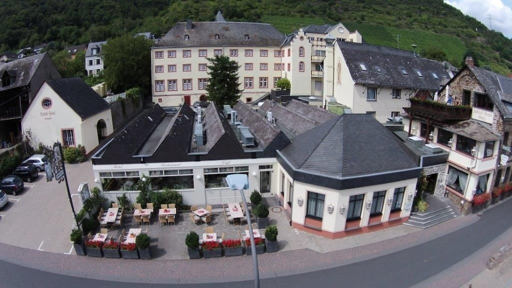 Featured Image, Schloß-Hotel Petry