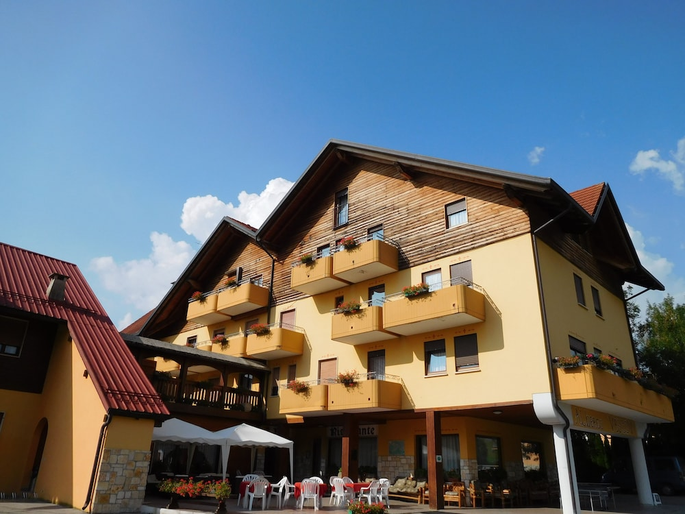 hotel vescovi in asiago hotel rates reviews on orbitz