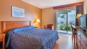 Select Comfort beds, desk, laptop workspace, blackout drapes