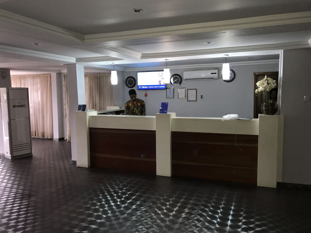 Crystal Rose Ambador Hotel In Asi Rates Reviews On Orbitz