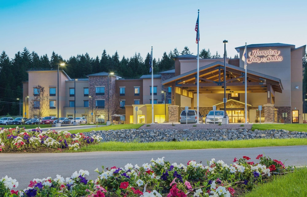 Featured Image, Hampton Inn & Suites Whitefish