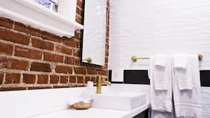Tabla de planchar con plancha y wifi gratis