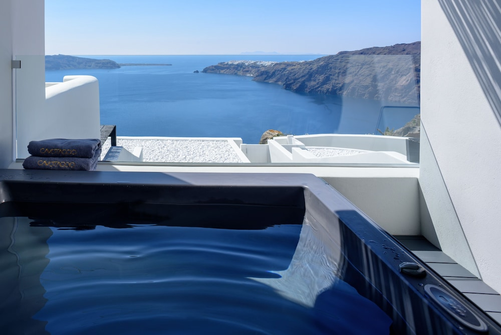 Outdoor Spa Tub, Cavo Tagoo Santorini