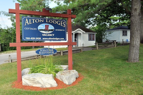 Alton Lodges