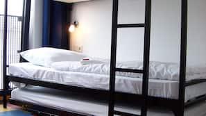 Een kluis op de kamer, gratis babybedden, gratis wifi, beddengoed