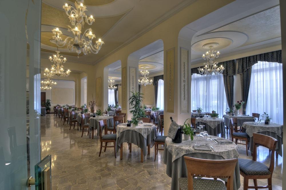 Hotel Terme Belsoggiorno Deals & Reviews (Abano Terme, ITA) | Wotif