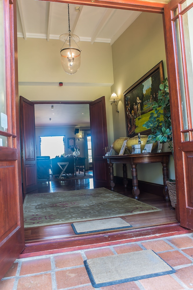 Interior Entrance, Kwa Jabu Accommodation