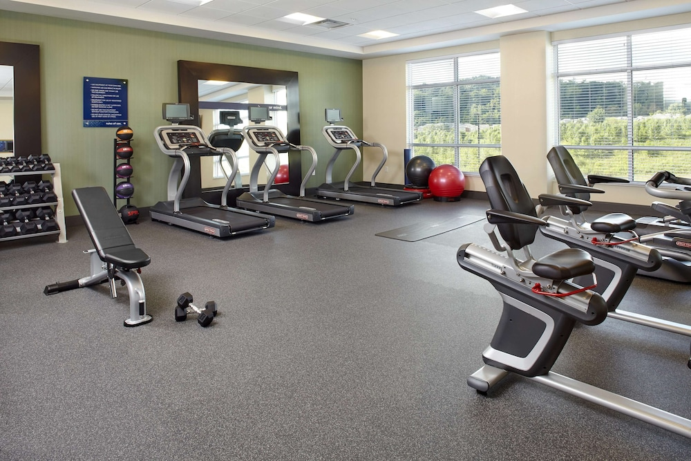 Fitness Facility, Hampton Inn & Suites Pittsburgh Airport South/Settlers Ridge