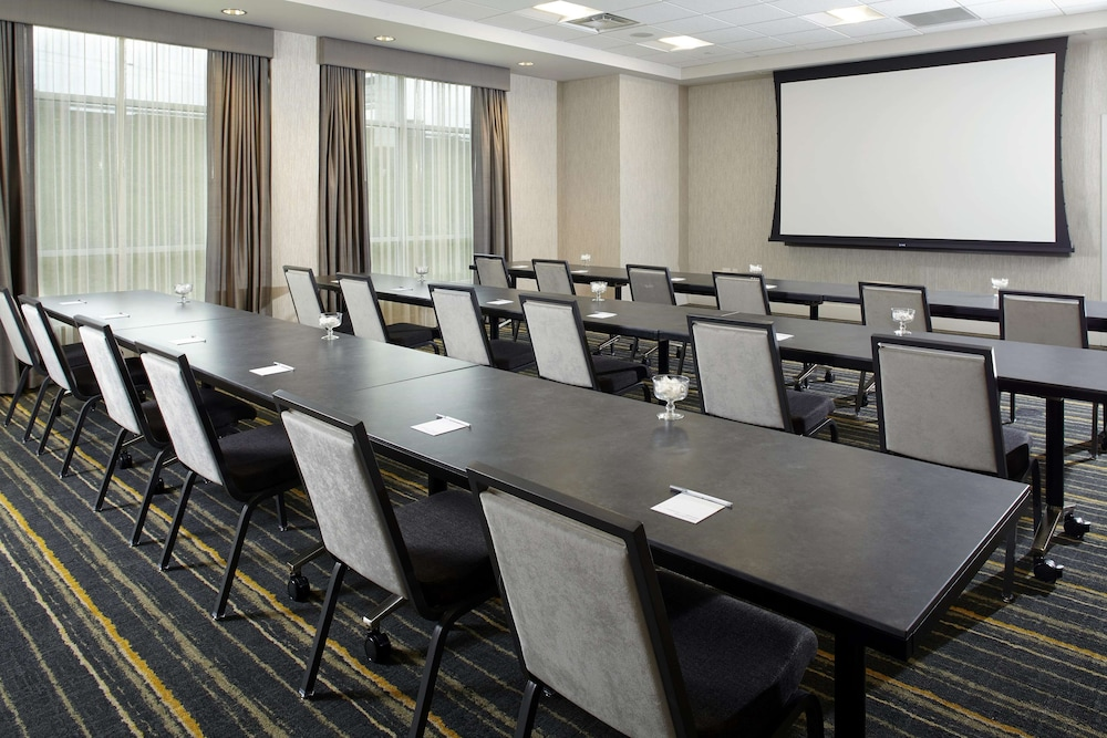 Meeting Facility, Hampton Inn & Suites Pittsburgh Airport South/Settlers Ridge